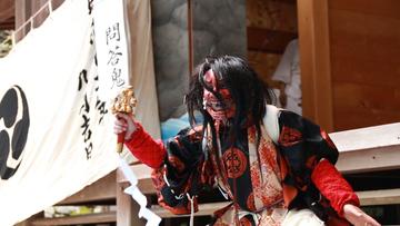 筑紫野市指定無形民俗文化財「山家岩戸神楽」のサムネイル